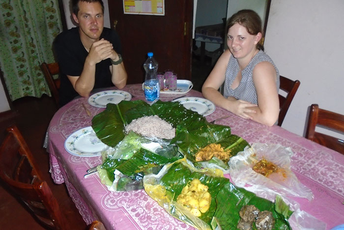 Staying  in Sri Lanka - Staying with a Local Family in a Homestay in Sri Lanka - Sri Lanka Staying with a Local Family in a Homestay - Sri Lanka Homestay Experience - Stay in Sri Lanka Local Family